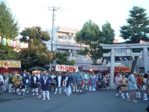 塚越御嶽神社の屋台1