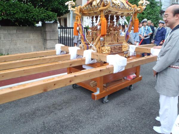 神輿用の台車