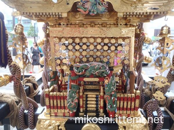 北谷稲荷神社の神輿5