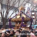 奉祝パレードの神輿12