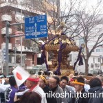 奉祝パレードの神輿13