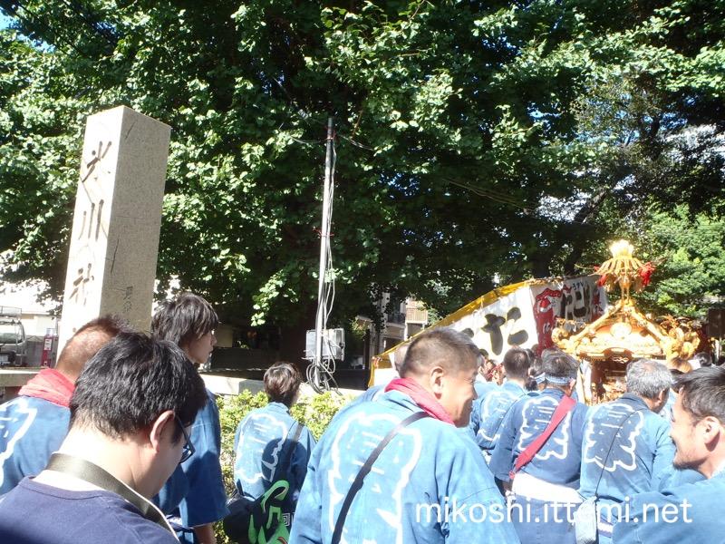 氷川神社参道の入り口