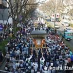 表参道の神輿渡御(2015年)