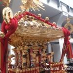 湯島天満宮例大祭 本社神輿(横)