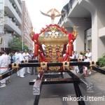 湯島天満宮例大祭 本社神輿(後)